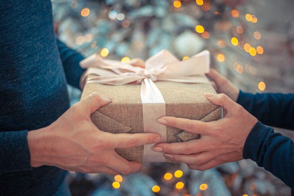 gift pack for christians